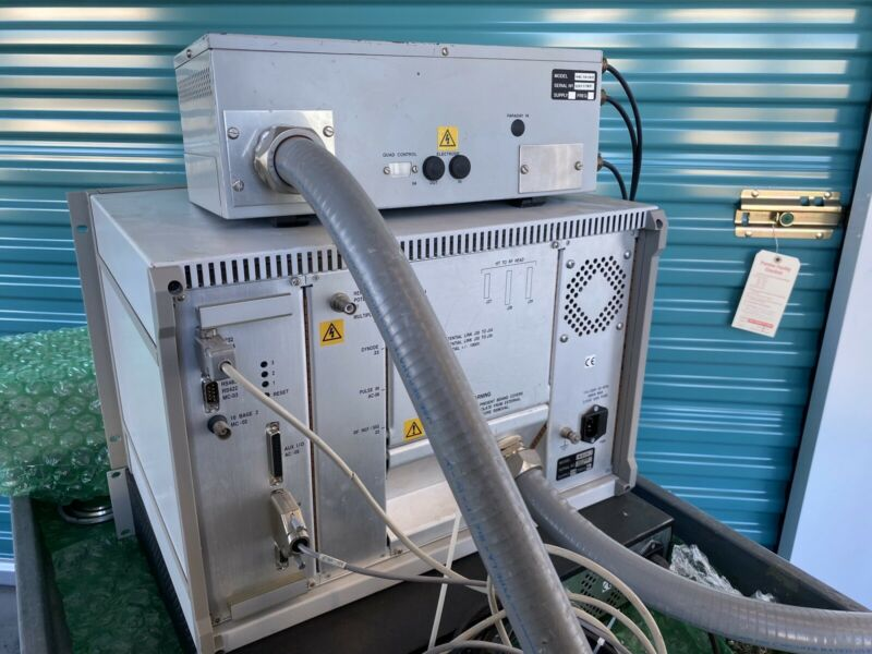 Hiden Analytical HAL IV PNIC Interface With HAL 101 S/2 Ion Counting RF Head