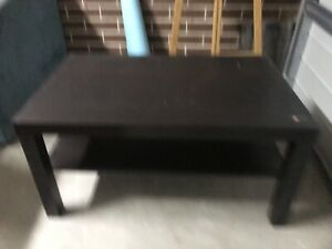 FREE 2 IKEA coffee tables