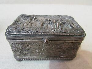 Ancienne Boite Coffret A Bijoux Metal Argent Decor D