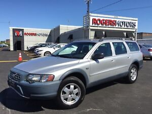 2003 Volvo XC70 2.5T AWD - CROSS COUNTRY