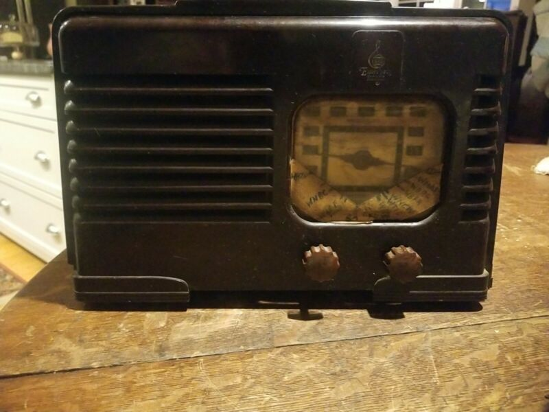 Vintage Emerson Model DW-330B Radio Working! For Parts