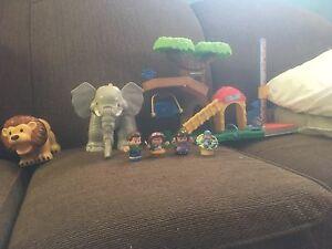 Little people jungle set