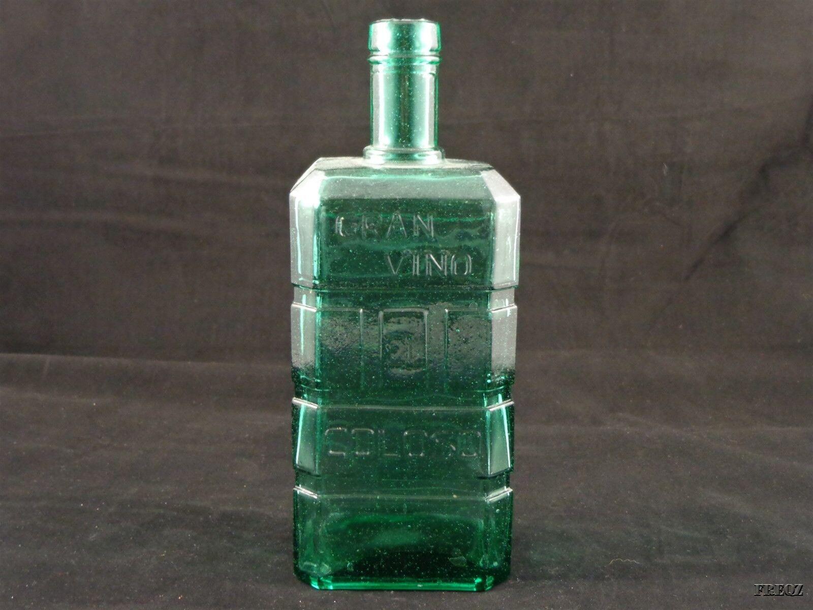 Gran Vino Coloso Green Liquor Bottle