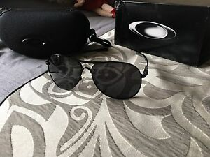 Selling Oakley Plantiff Sunglasses