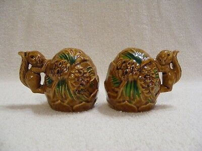 COLLECTIBLE ACORN AND SQUIRREL SALT AND PEPPER SHAKERS