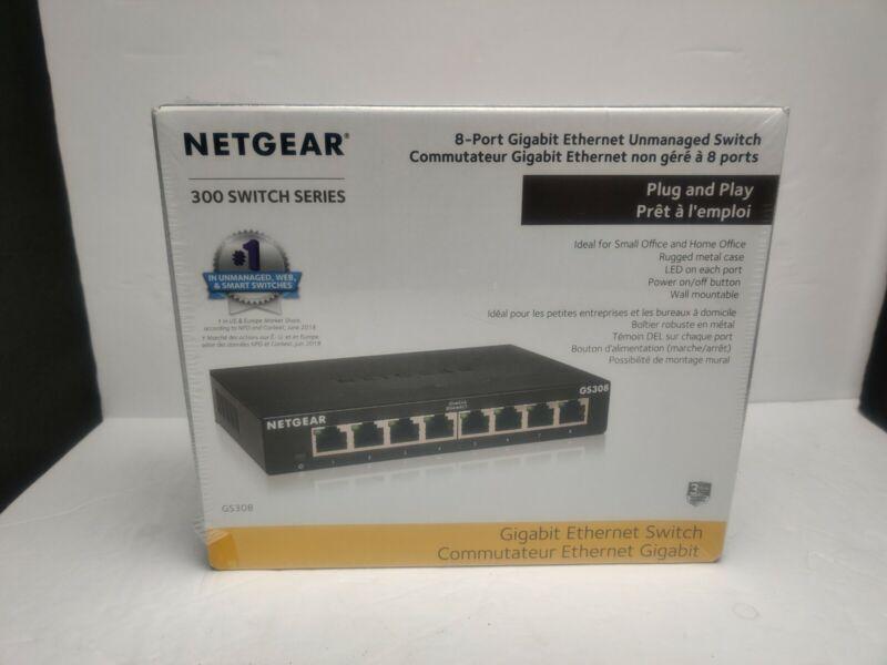 NETGEAR 8-Port Gigabit Ethernet Unmanaged Switch (GS308) Sturdy Metal Fanless AG