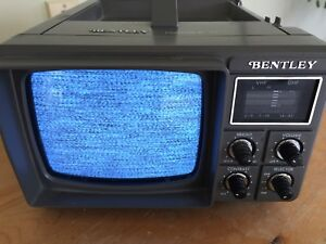 BENTLEY MODEL-100C B&W PORTABLE TV