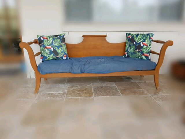 Beautiful Silky Oak Daybed Lounging Amp Relaxing Furniture