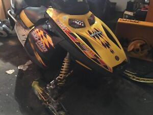 2004 skidoo 500ss ready to rip