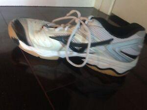 Mizuno Women's Volleyball Shoes