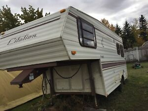 1984 General Coach 5th wheel 18.5 ft Needs to go first offer