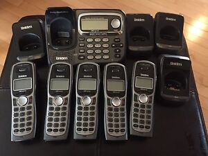 Uniden cordless phone - 5 phones with answering machine base