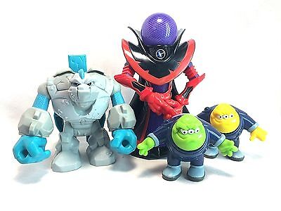 Fisher Price Planet Heroes Lot Black Hole Phoeton Neutron Asteroid Figure Set