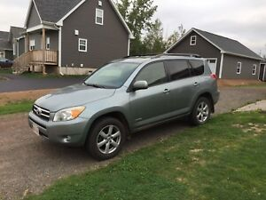 2008 Toyota RAV4 Limited in Excellent Condition