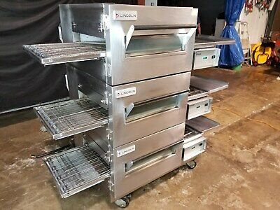 Lincoln Impinger 1132 Triple Stack Electric Conveyor Pizza Ovens...video Demo