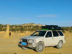 Nissan pathfinder 2003 4WD