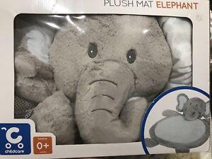 Elephant plush mat for baby