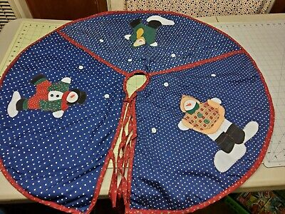 Vintage Christmas Tree Skirt Handmade Appliqued Cotton and Felt Snowmans Button