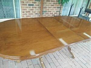 Beautiful polished wood extendable dining table Cherrybrook Hornsby Area Preview