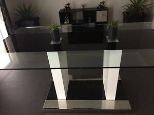 Beautiful glass top dining suite Bradbury Campbelltown Area Preview