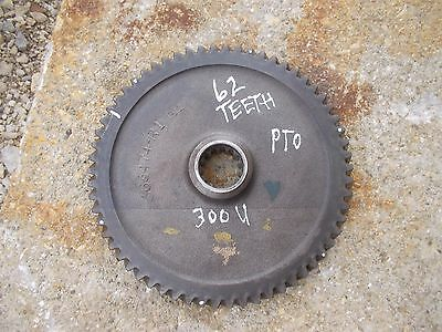 International 300 Utility Tractor Ih Pto Power Take Off Main Drive Gear 62 Teeth
