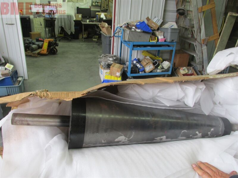"""Tapered Conveyor Shaft 45"""" Overall Length, Fits Belt Width 32"""""""