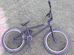 Academy Entrant 19.5 Black/purple 2017 Bike for sale