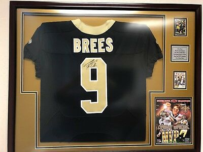 (Drew Brees TEAM ISSUED autographed jersey)