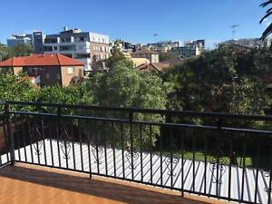 Sunny share-house in Maroubra