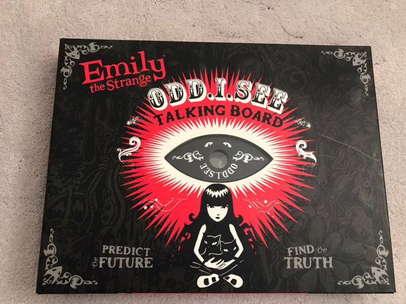 Talking Board Emily The Strange Odd I See With Comic Book And Planchette, Boxed
