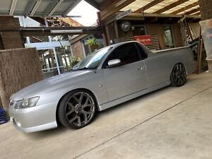 Holden commodore SS utility ute pickup v8 LS1 manual