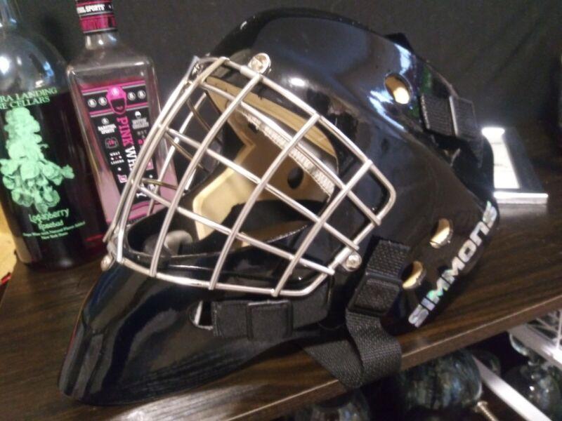 Simmons Goalie Mask
