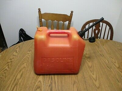 Old School Blitz 5 Gal Gallon Plastic Vented Gas Can Fuel Jug
