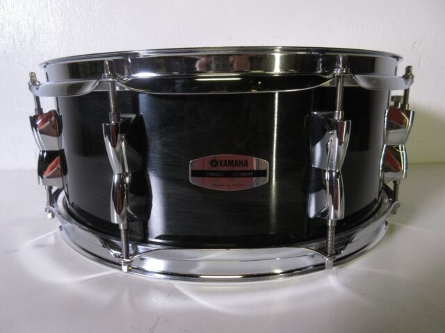yamaha stage custom birch snare drum 14 x 5 5 raven black ebay. Black Bedroom Furniture Sets. Home Design Ideas