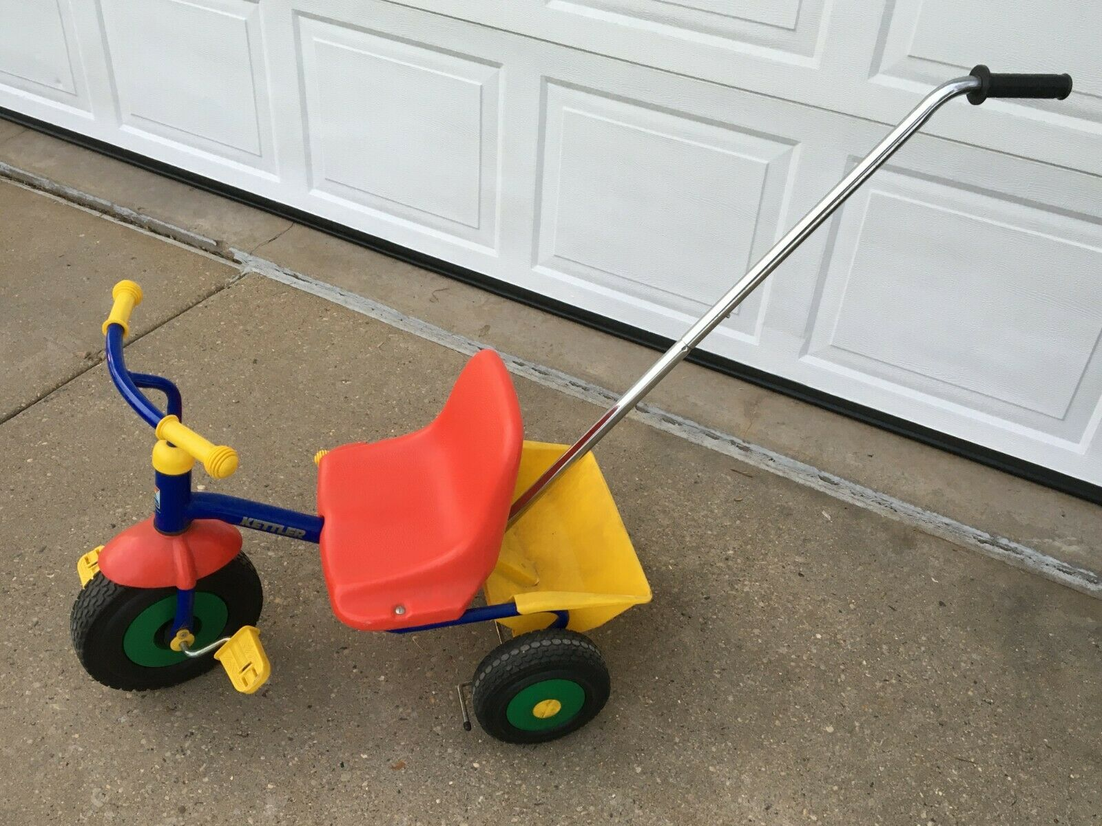 tricycle w dumping bin and push bar