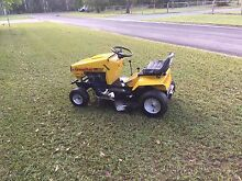 Greenfield ride on mower , 11.5/32 Caboolture Caboolture Area Preview