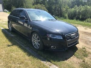 vehicle audi A4  great condition.
