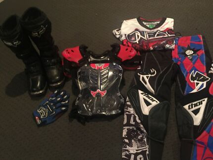 Wanted: For sale used mx gear for child