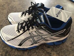 ASICS Gel Cumulus 15 - New With Tags