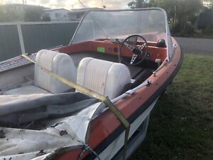 15 ft Pongrass 65hp need gone 12 months rego