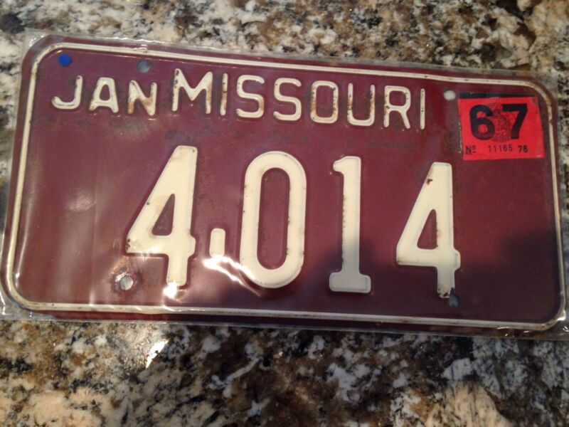 1967 Missouri License Plate 4 014