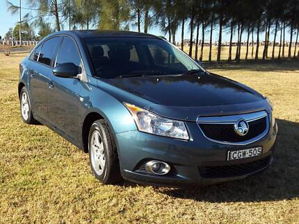 Great first car or mid size family car 2012 Holden Cruise
