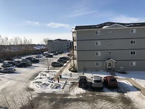Two Bedrooms apartment in South for Sublet/Rent !  Moving Today!