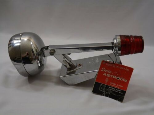 Old Vtg. Delta Astrolite Space Age Era 6 Volt Sealed Beam Lantern Flashlight