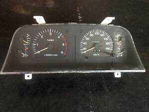 Landcruiser 80 series Sahara Turbo Diesel instrument cluster. Brinsmead Cairns City Preview