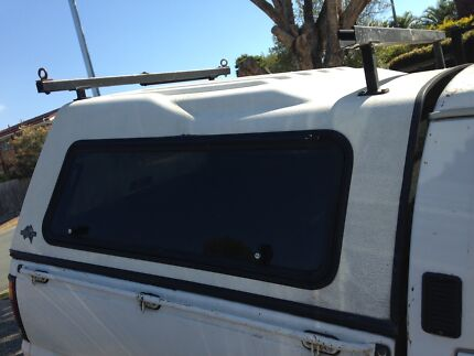 CANOPY  (fitted  Ford Courier 1997)