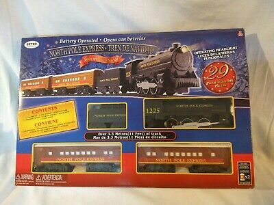 Eztec North Pole Express 29 Piece Christmas Red Train Set Battery Operated New