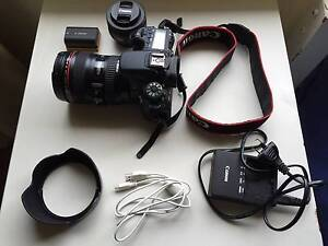 Canon 70D with EF 24-105mm L f/4 and 50mm f/1.8 lenses 99% NEW Shortland Newcastle Area Preview