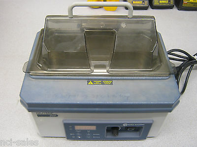 Fisher Scientific Model 205 Water Bath 120v 2.5a 60hz No Rack Inside