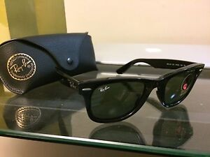 BRAND NEW Ray Ban Wayfarers MINT AUTHENTIC